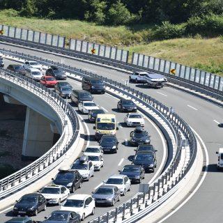 Vikend na autocestama nadmašio rekordnu 2019.
