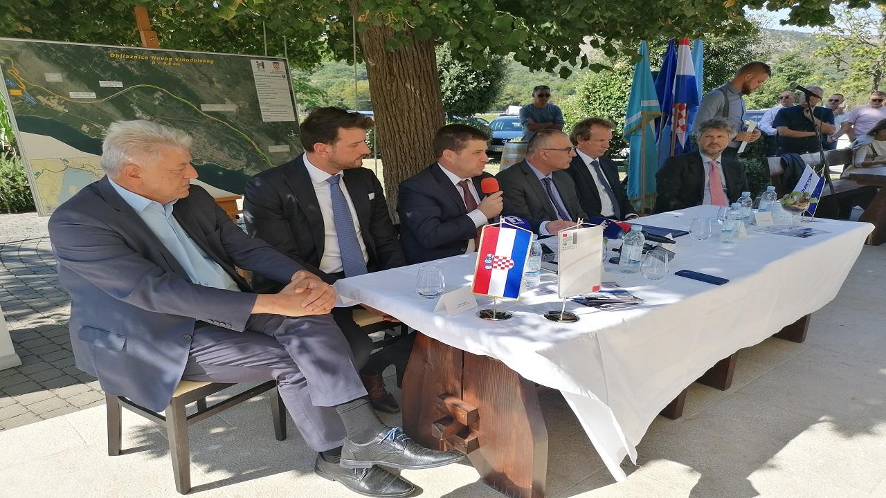 Ministar Butković: u narednim godinama mogla bi početi gradnja autoceste Križišće – Žuta Lokva